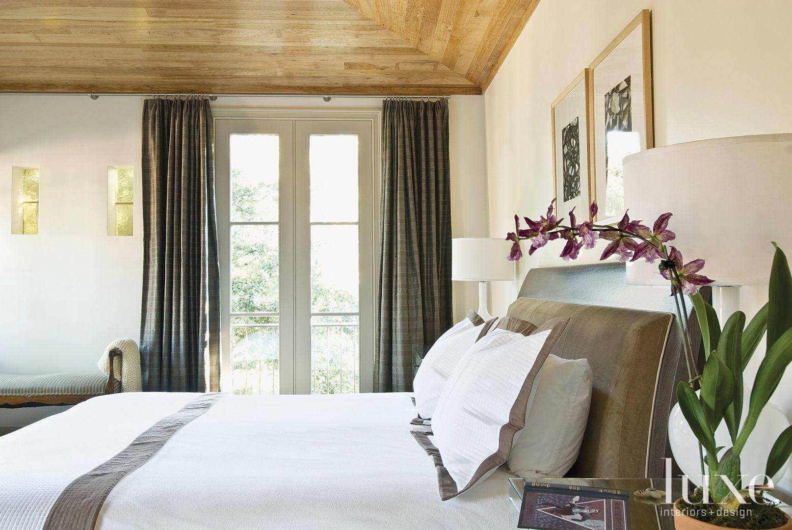 1_d7b607c1-6ddd-464a-a415-d61081a7950d & Modified Limestone Georgian-Style Estate | Morits London